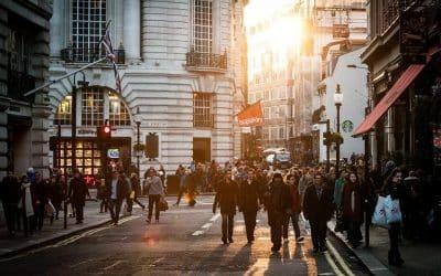 كيفية الحصول على وظيفة طالب في بريطانيا؟